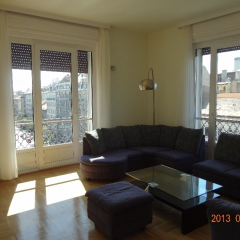 Budapest | District 7 | 4 bedrooms |  2 100 EUR | #100353