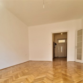 Budapest | District 7 | 2 bedrooms |  110 000 000 HUF | #240998
