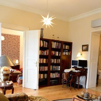 Budapest | District 5 | 2 bedrooms |  2 100 EUR | #442256