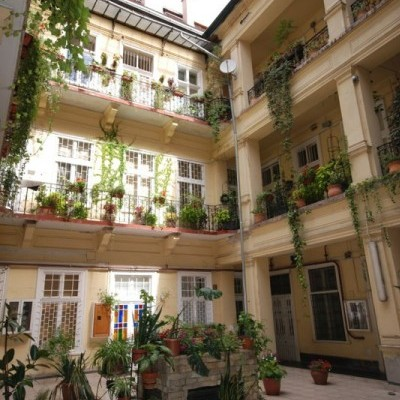 Budapest | District 7 | 2 bedrooms |  1 600 EUR | #4954
