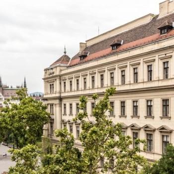 Budapest   5 kerület   3 hálószoba    450 000 000 HUF   #626093
