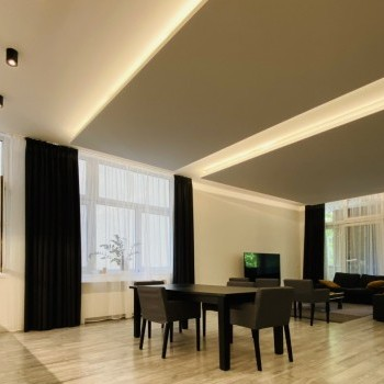 Budapest   District 3   3 bedrooms    219 000 000 HUF   #946407